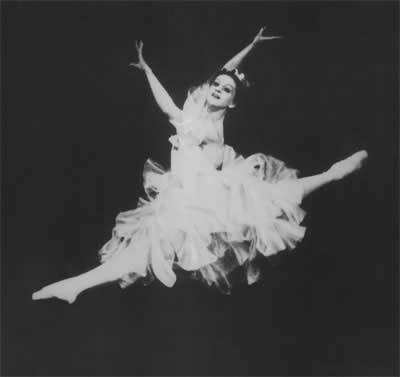 Хасинта в балете «Лауренсия» на музыку А.Крейна